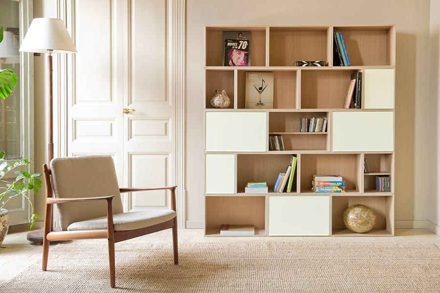 Bookcase with white aluminum doors and BrickBox Oak large and small
