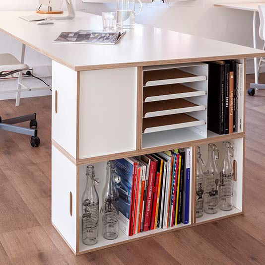 Office desk table with modular shelf
