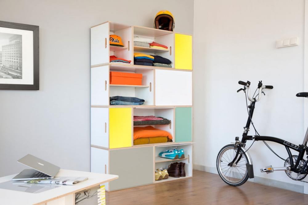 New XL aluminum doors in four colors: yellow, gray, turquoise and white. XL modules are ideal for building wardrobes and storing vinyl records.